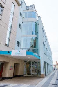 Fassade Rehazentrum Wiener Neustadt